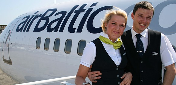 airBaltic_stewardess