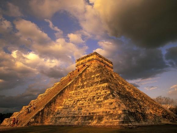 Піраміда Кукулькана в Чічен-Іці