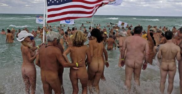 Во время установления рекорда на пляже Холовер (Haulover). Фото www.miamiherald.com