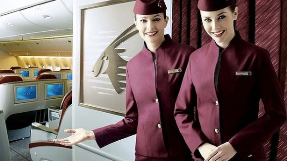 Стюардеси Qatar Airways