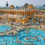 """Акція """"Зимове запрошення в Будапешт"""": безплатне відвідання купалень, ніч у готелі """"на шару"""" і багато знижок"""