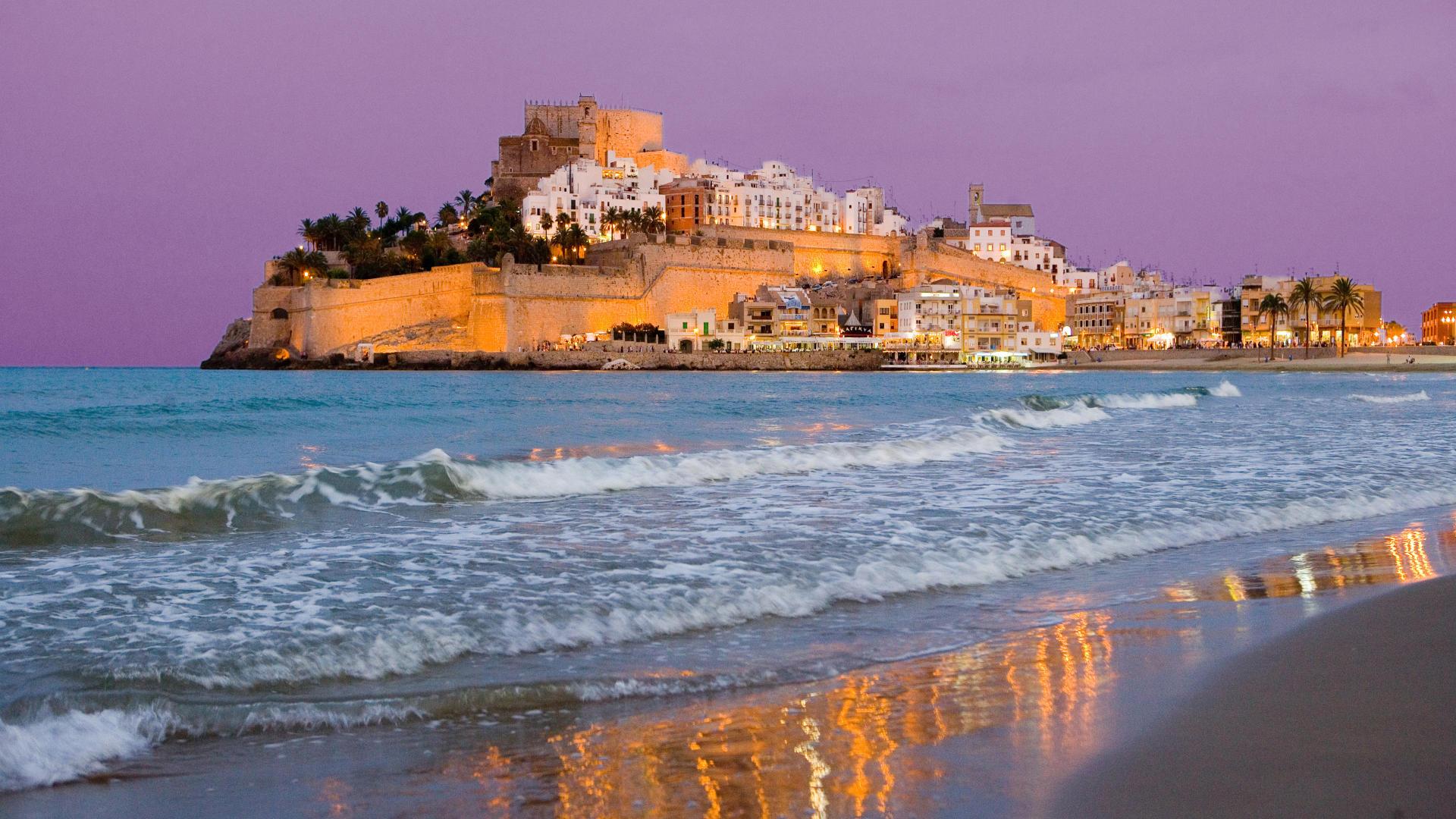 барселона пляж обои на рабочий стол № 540979 бесплатно