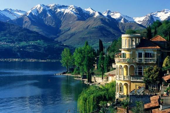 Альпи навколо озера Комо, Італія