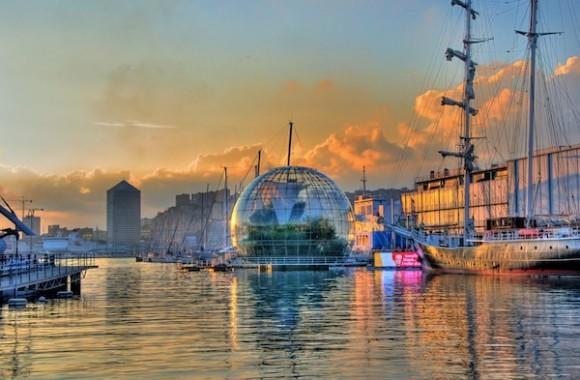Біосфера - одна з туристичних принад Старого порту Генуї