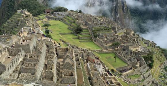 Доколумбове місто Мачу Пікчу в Перу