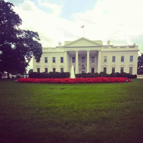 Білий дім - резиденція президента США - здався невеличким і скромним