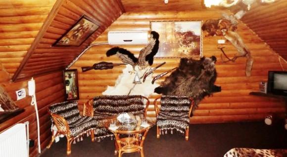 """В одному з номерів готелю """"Бухта піратів"""" (окупована Макіївка). Фото з сайту Booking"""