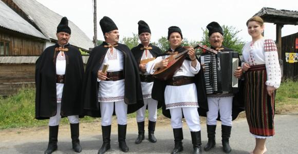 Румунський народний ансамбль, Молдова. Фото Tudor Seulean
