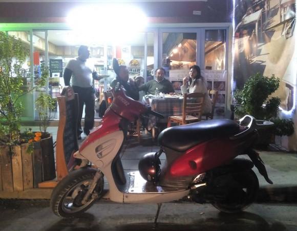 cyprus_larnaca_dinner_bike