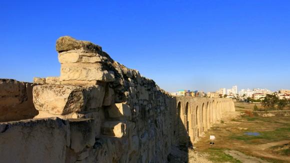 Larnaca Solt Lake - walk around - aqueduct (4)