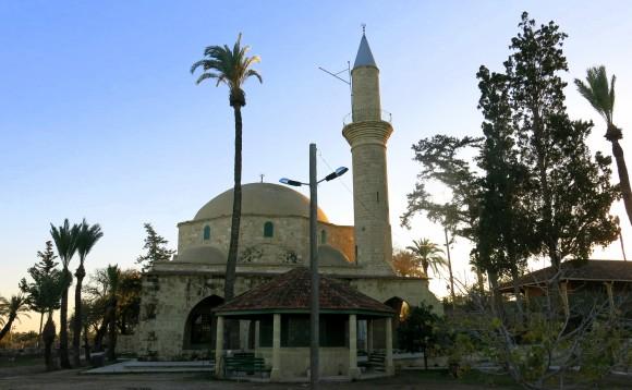 Larnaca Solt Lake - walk around - mosque Tekke (13)