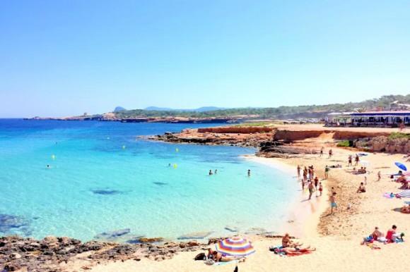 Пляж Cala Comte (Ібіца, Балеарські острови, Іспанія)