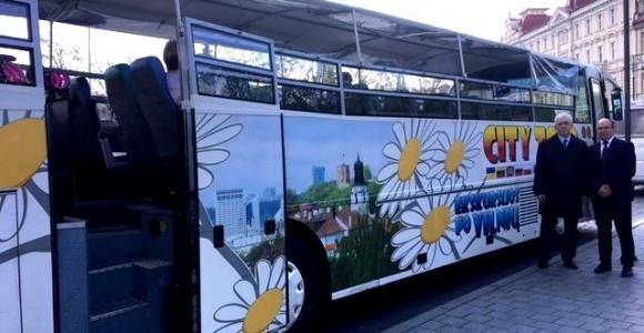 Екскурсійний автобус Valandele у Вільнюсі