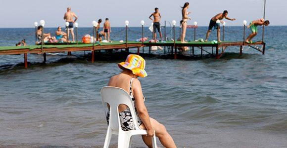 На турецькому пляжі. Фото Reuters