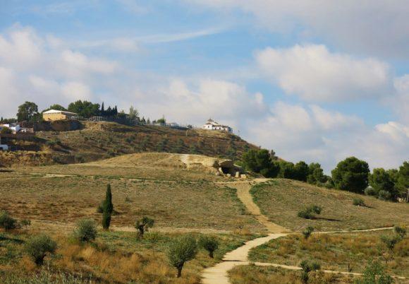 Dolmens-Antequera (6) (800x555)