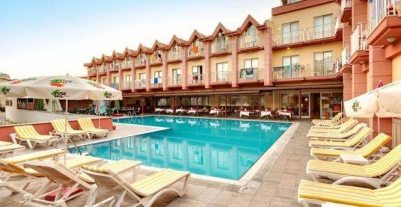 чотиризірковий готель Grand Nar